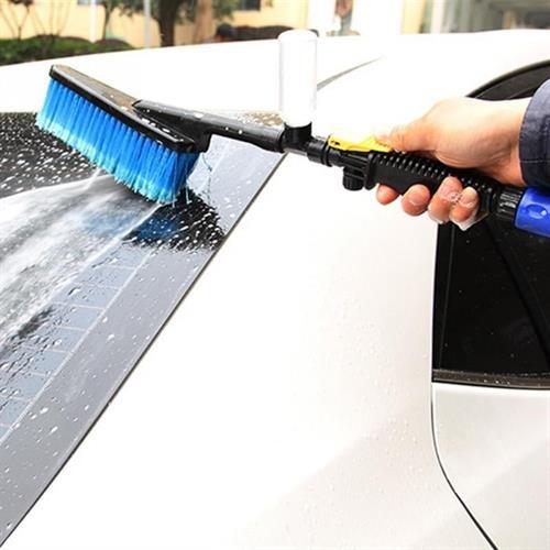 מברשת לשטיפת הרכב