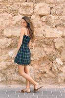 שמלת משבצות + מכנסון