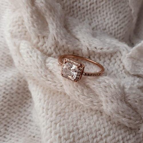 טבעת ריבוע למור- ציפוי זהב אדום