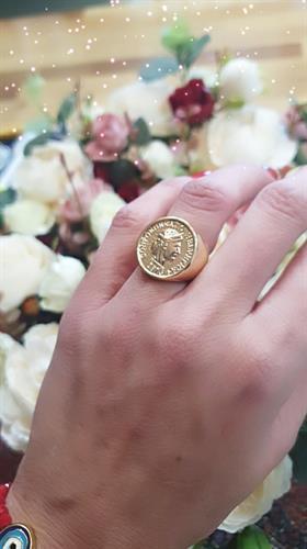 טבעת עגולה שני מטבע