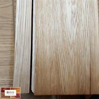 סף מדרגה ישר מעץ אלון, מתאים לחיפוי מדרגה בפרקט למינציה או פרקט עץ, באורך 2.10 מטר