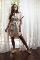 שמלת מכופתרת אור קרם