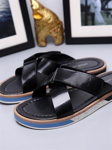 כפכפי Louis Vuitton's יוקרתיות לגברים מידות 38-44
