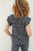 חולצת ריי שחורה