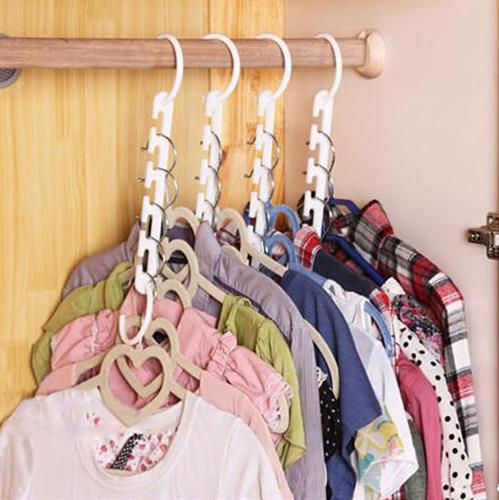 קולב הפלא שפותר את בעיית אחסון הבגדים ומגדיל את שטח הארון!
