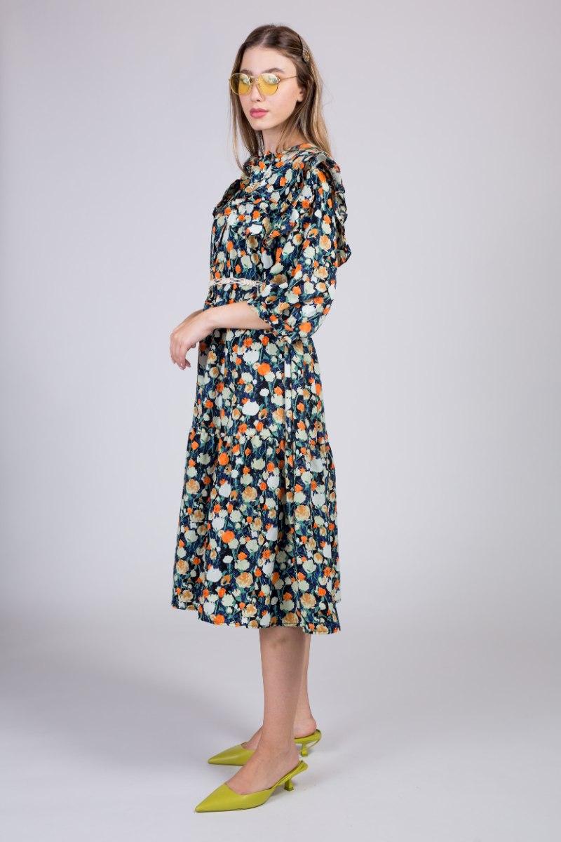 שמלת לין שילוב צווארון