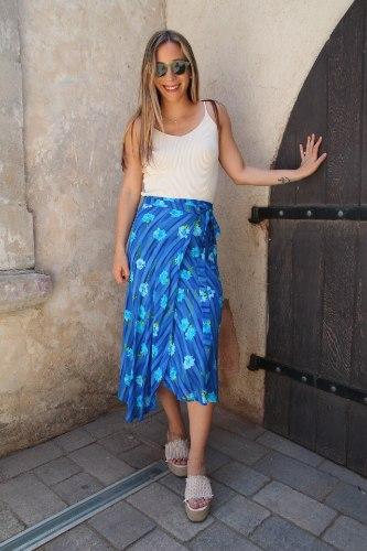 חצאית מעטפת כחולה פרחים