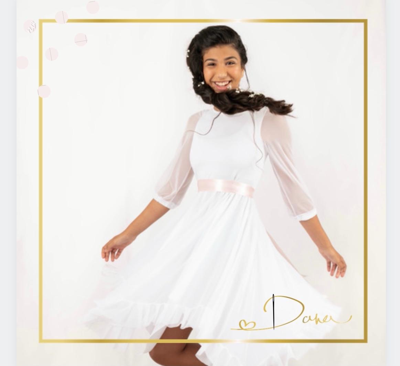 שמלת עטרה