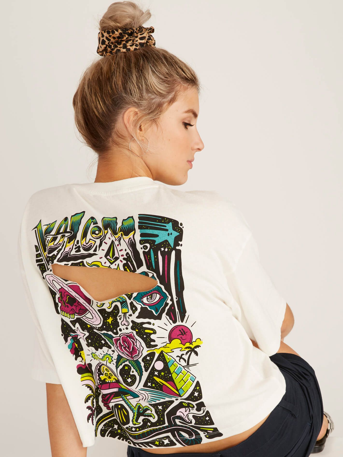 VOLCOM OUTER PLACE