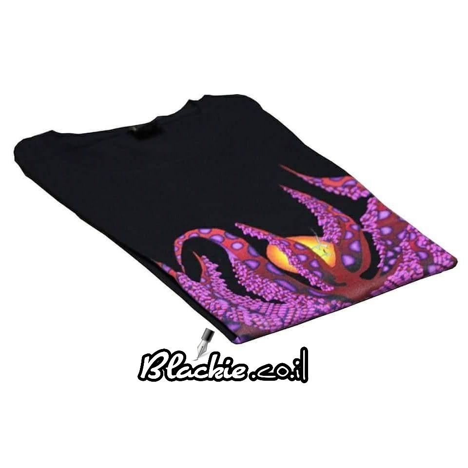 """חולצה שחורה לקיץ הדפס גראפי """"אקטיפוס"""""""