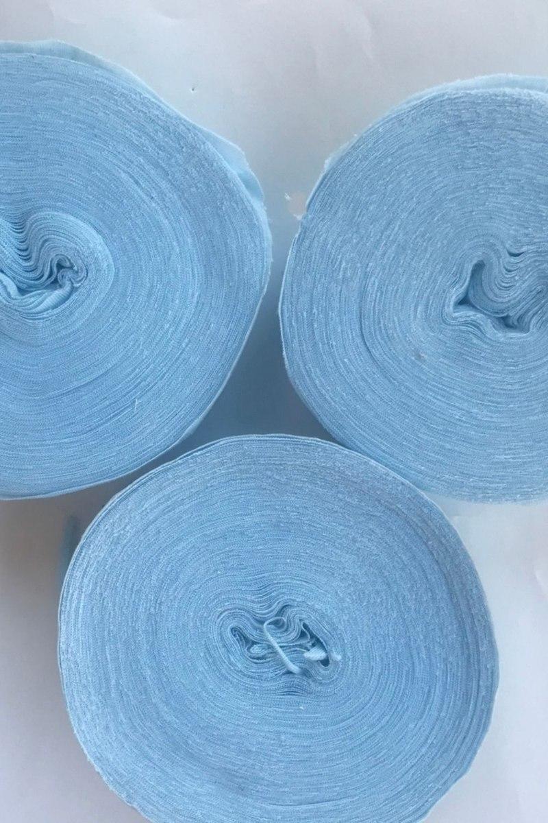 עודפי יצור חוטי  טריקו, חוטי טריקו פרוסים צבע תכלת בהיר, מארז של חוטי טריקו מוזלים, חוטי טריקו לסריגה חנות המפעל,