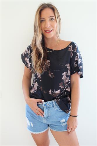 חולצת מילה פרחים שחור
