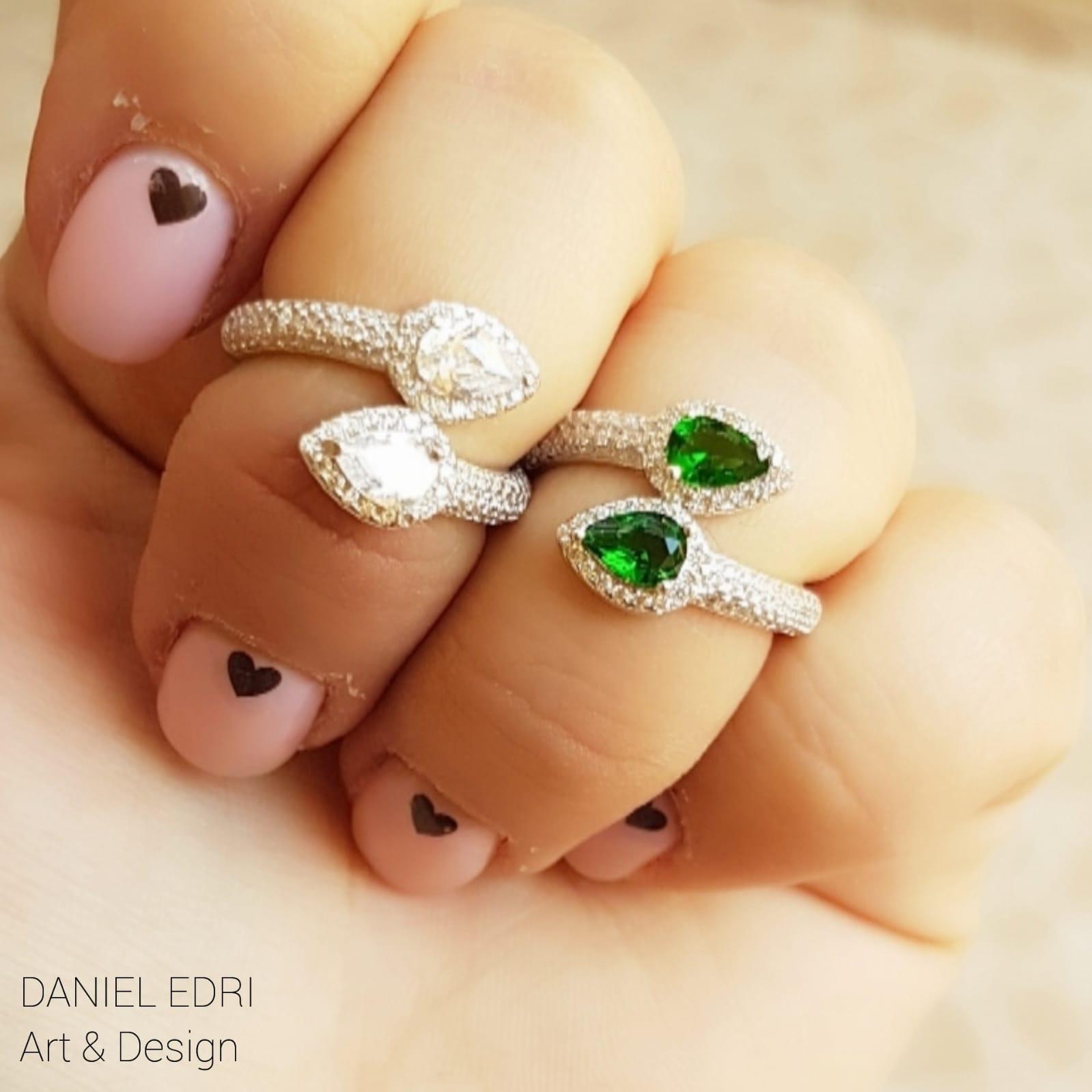 טבעת נחש משובצת- שקוף/ ירוק
