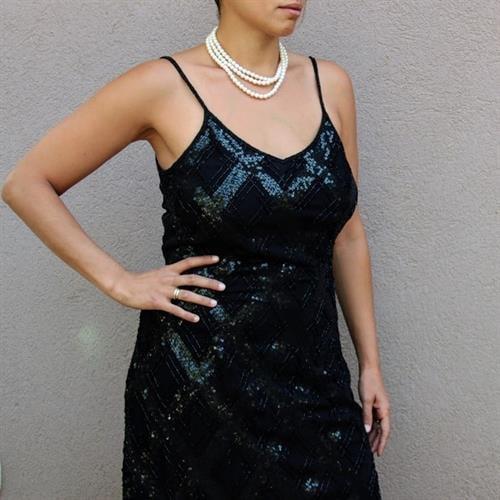 שמלה שחורה מנצנצת אורך מידי מידה M/L