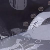 סינר תספורת עם הדפס מדליק