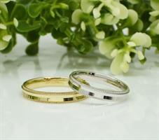 טבעת נישואין עדינה עם חריטות בזהב 14 קרט- דגם M215