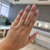 טבעת זהב רשת ואבני חן