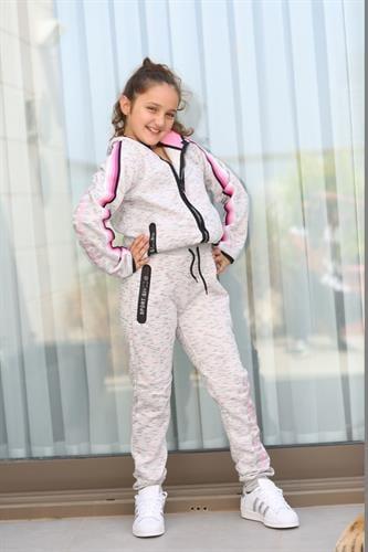חליפת ספורט ילדות אפורה