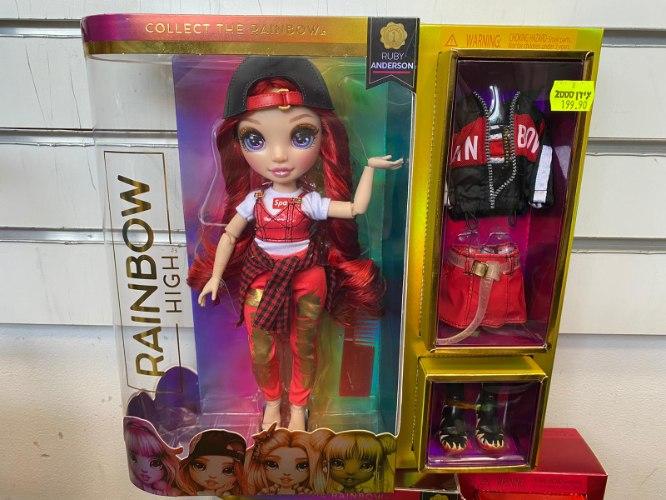 בובת אופנה NANANA שיער אדום