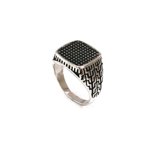 טבעת לגבר בכסף 925 משובצת אבני אוניקס