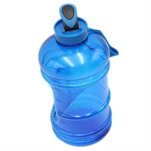 בקבוק אימון איכותי 2 ליטר הכולל פיה נשלפת