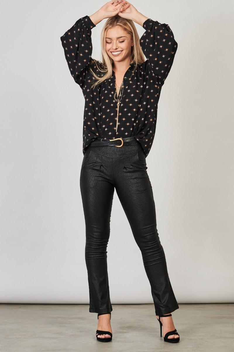 חולצת נדין שחור מיוחד