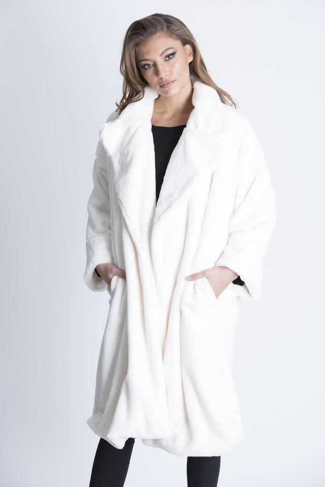 מעיל טיפאני פרווה לבן