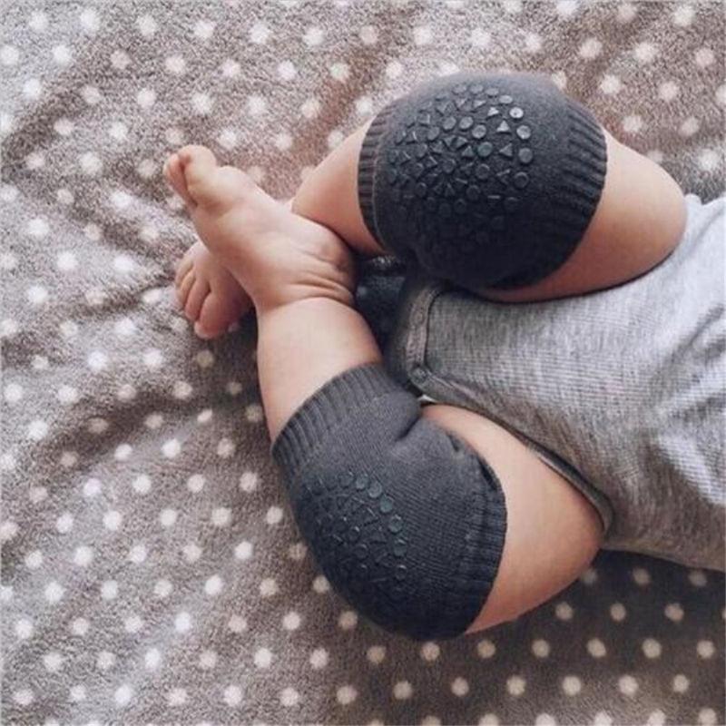 פדי ברכיים מונעי החלקה לתינוקות זוחלים