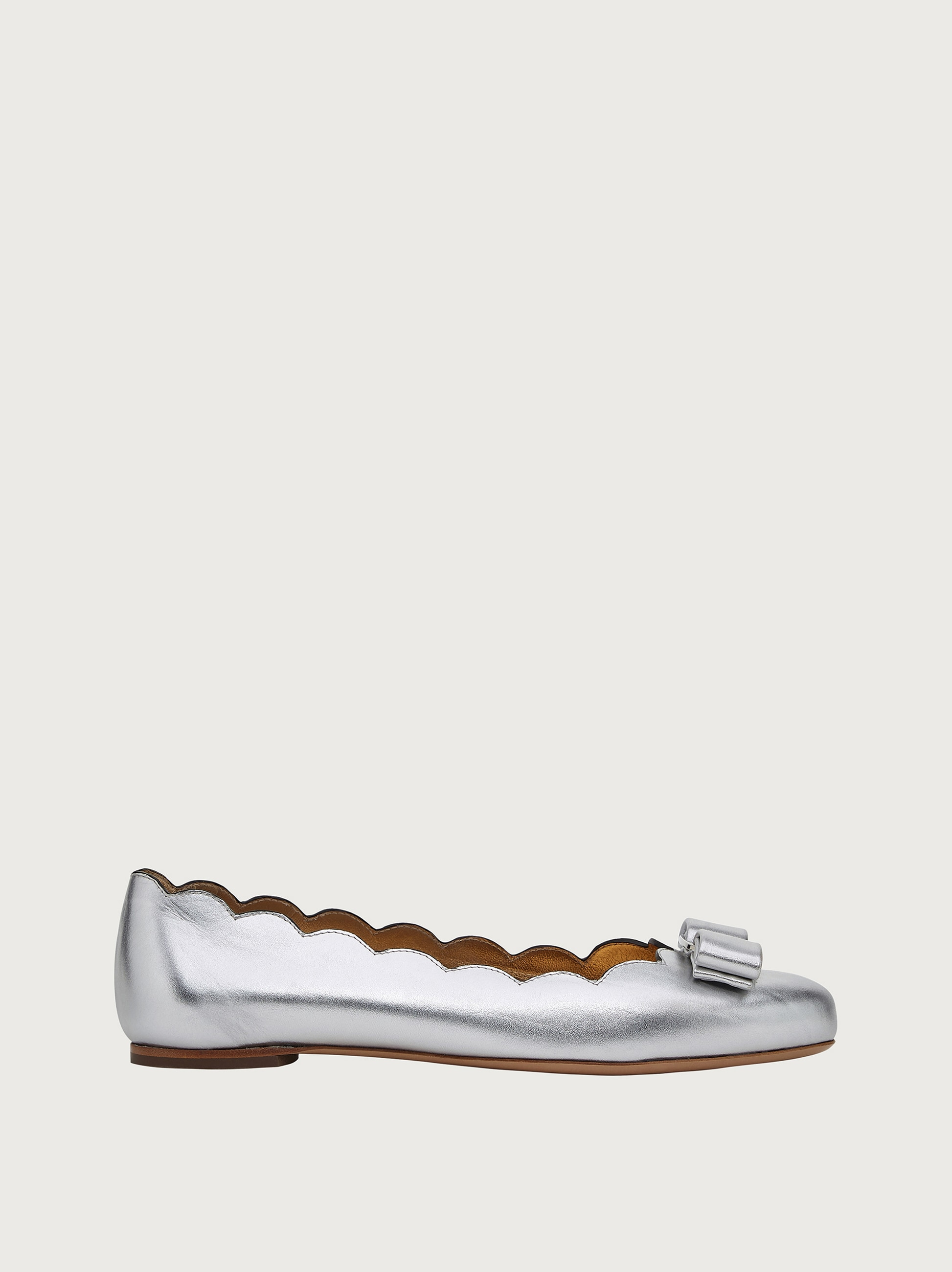 נעלי Salvatore Ferragamo Ballet Varina Shell לנשים