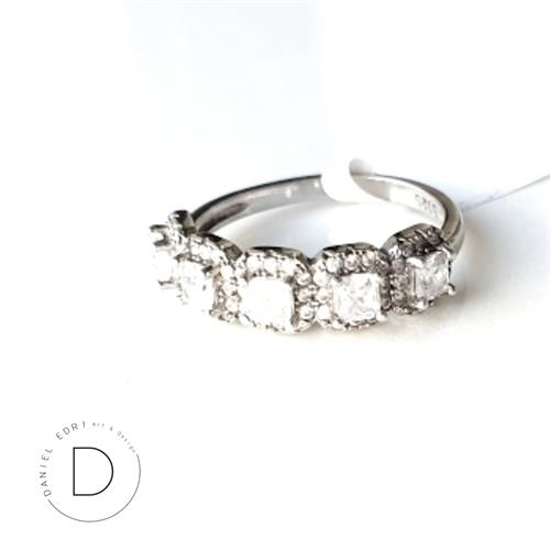 טבעת ריבועים משובצת מיני