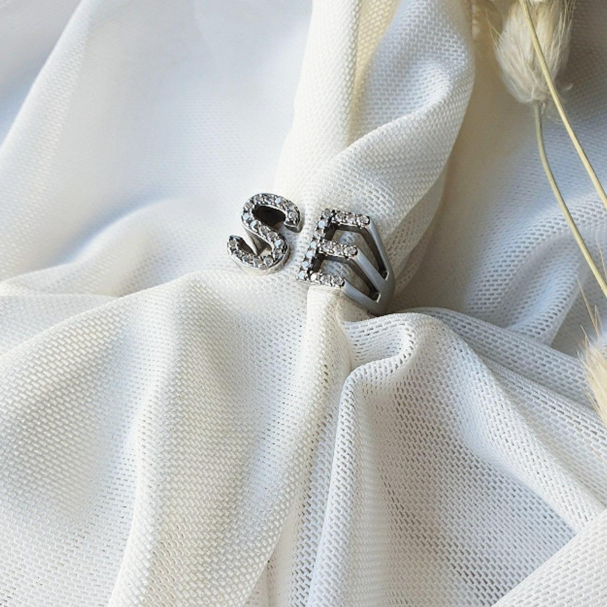 טבעת חותם 2 אותיות משובצות