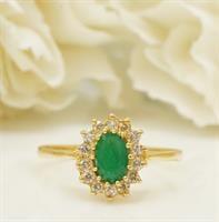 טבעת זהב עם אמרלד ויהלומים דגם דיאנה