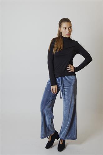 מכנסי קטיפה פליסה כחול
