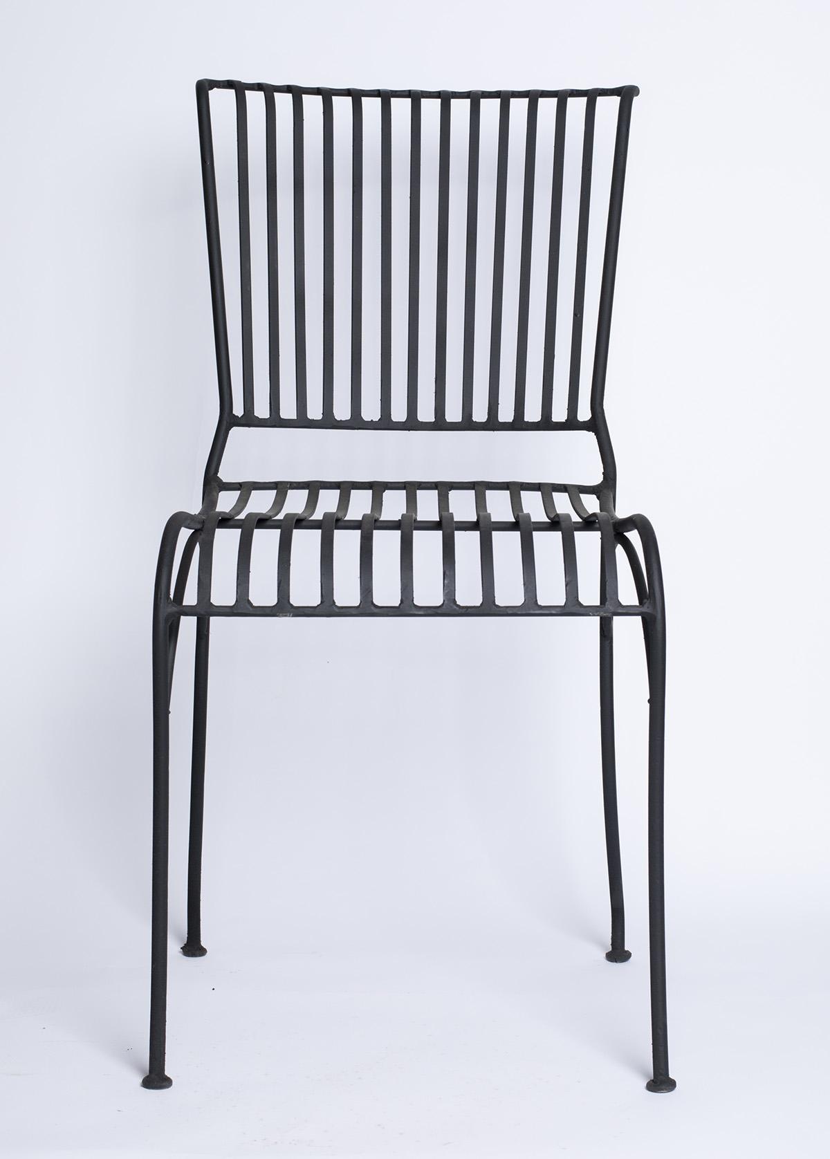 כסא פרזול פסים