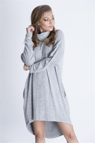 שמלת גסי אפורה