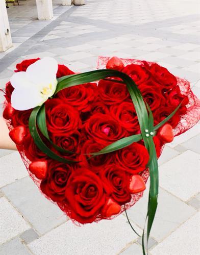 לב פרחים מעוצב- מקט 0003