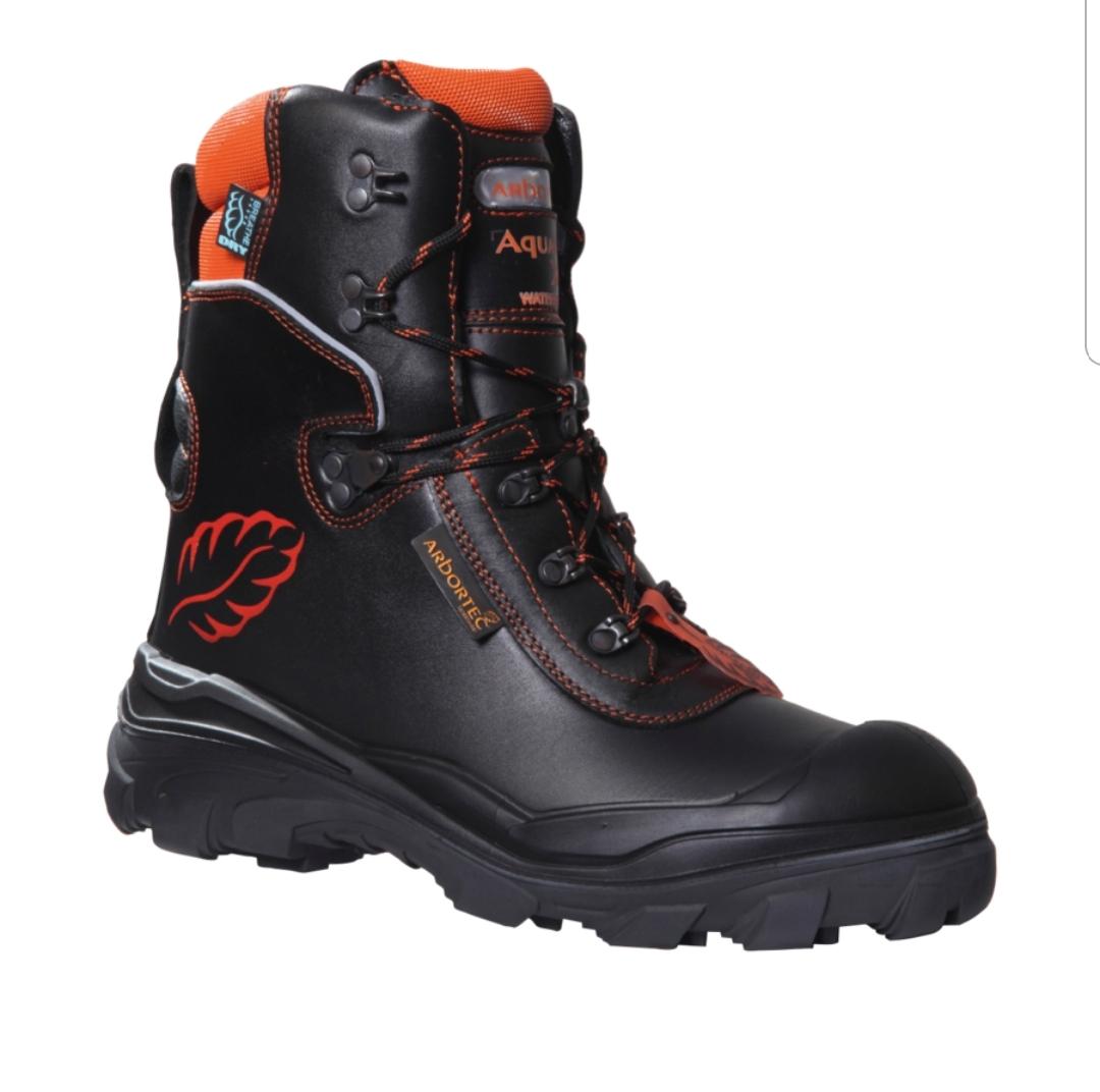 נעלי בטיחות מוגנות חיתוך Arbortec Aquafell