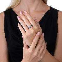 """טבעת כסף 925 מושחר המעוטרת בדוגמה ייחודית. טבעת נפוחה בסגנון """"בומביי"""" נועה טריפ Noa tripp"""