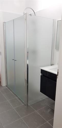 מקלחון פינתי מיאמי + דופן