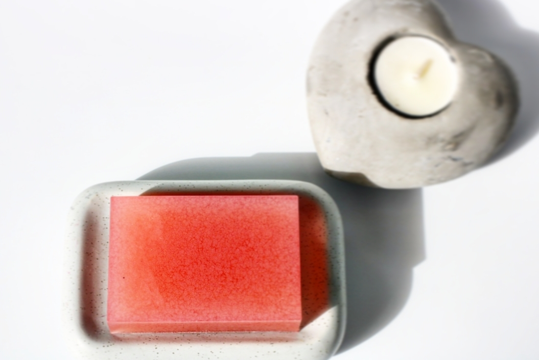 סבון רחצה מלבני צבעוני