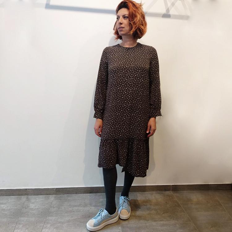 שמלת בלוסום אפור כהה מודפס
