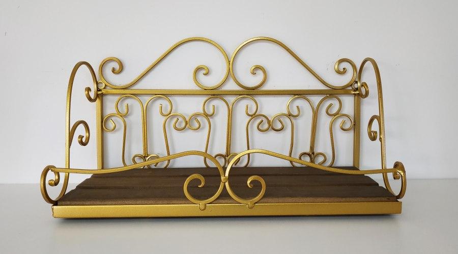 מדף יפה - דגם פרזול זהב - דוגמא