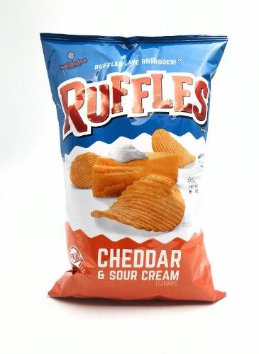 Ruffles Cheddar & Sour cream מארז ענק!