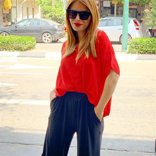 חולצת ליני סיסטרס - אדומה