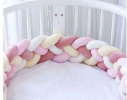 נחשוש צמה למיטת תינוק