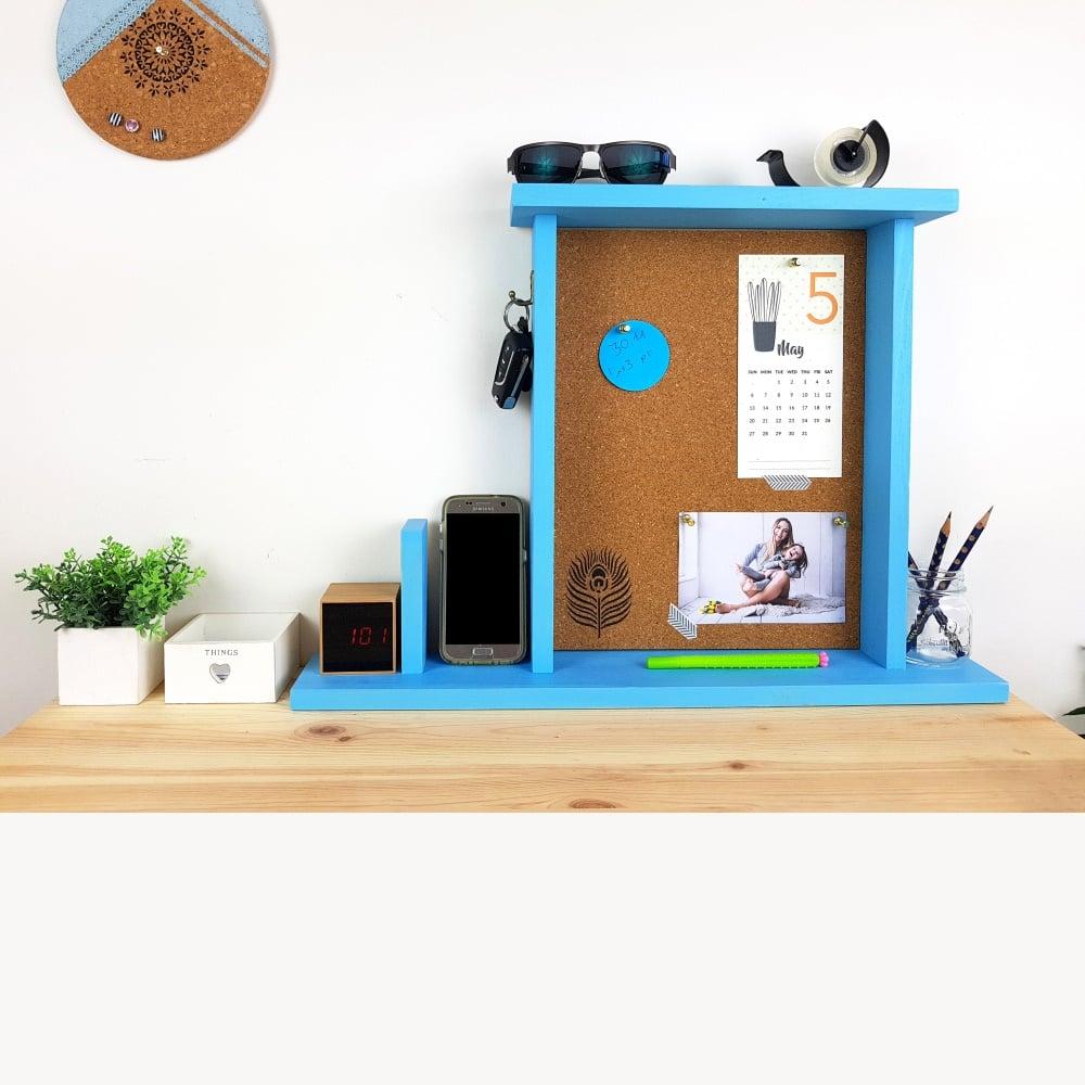 מסגרת מארגנת לשולחן כתיבה