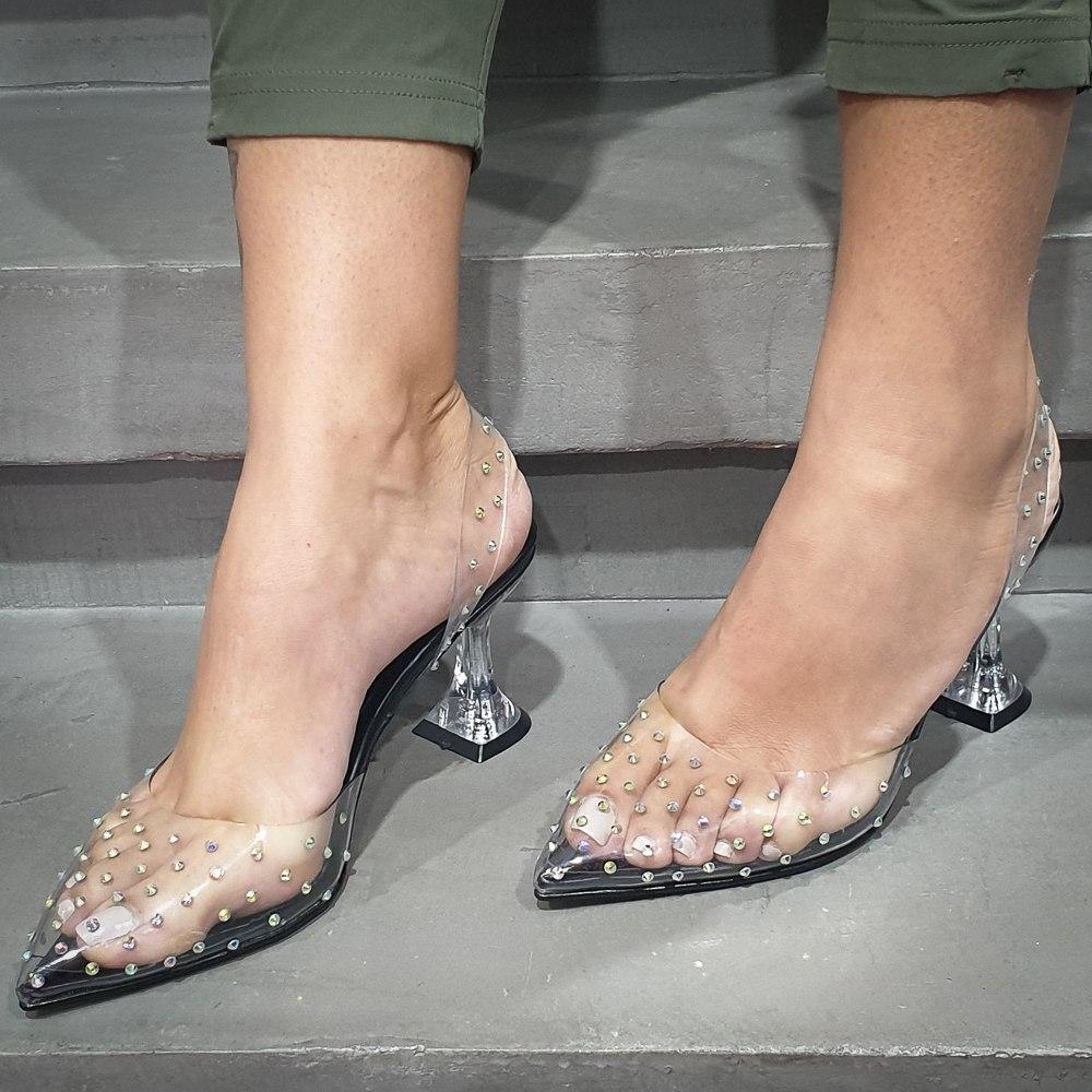 נעל עקב-קים