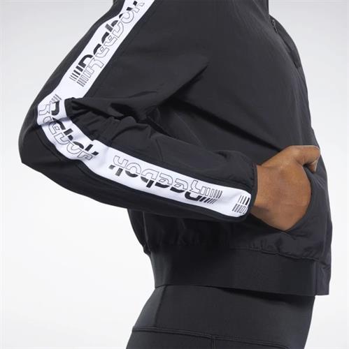 ג'קט ריבוק נשים צבע שחור דגם  FQ3181