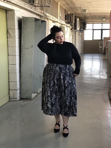 חצאית לורי מנוחשת