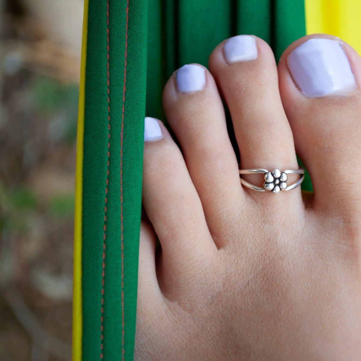 טבעת רגל פרח